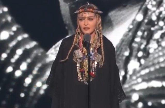 Madonna, criticata pentru omagiul adus Arethei Franklin la gala MTV Video Music Awards/ VIDEO
