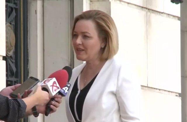Carmen Dan, despre acuzatiile Gabrielei Firea: Voi da raspunsuri maine in Comisia de aparare din Senat
