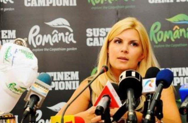 [FOTO] Elena Udrea intra in pielea a cinci femei puternice din istorie