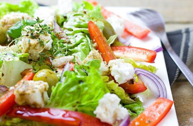 Studiu: Dieta mediteraneana ar putea contribui la prevenirea depresiei