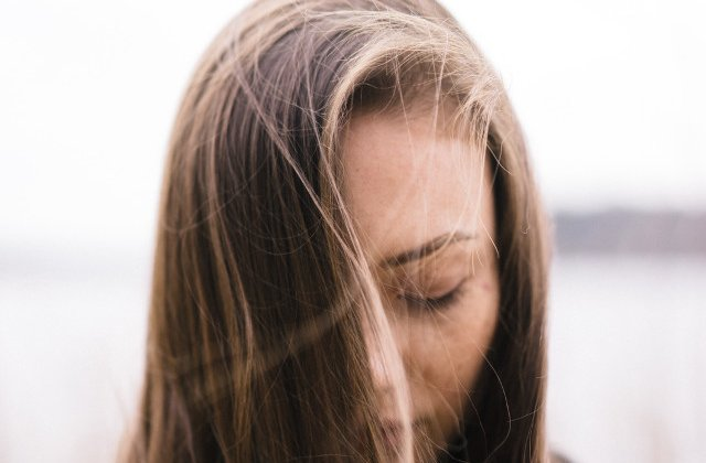Studiu: Jumatate dintre femei risca sa dezvolte dementa, Parkinson sau accident vascular cerebral