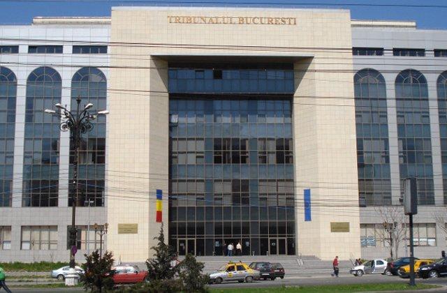 Un barbat a cazut de la etajul 4 in Tribunalul Bucuresti