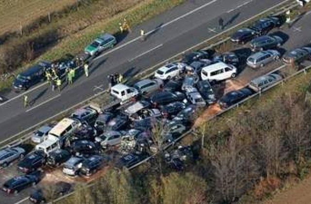 Pericolele autostrazilor. Carambol pe Autobahn!