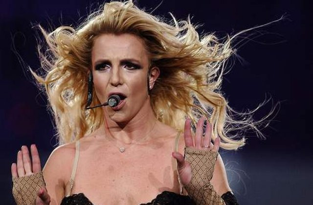Britney Spears implineste 30 de ani