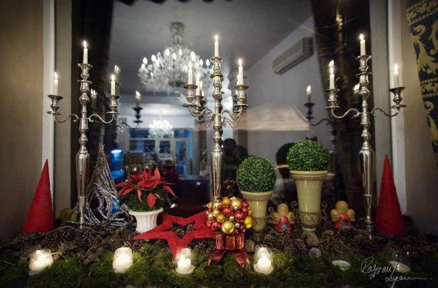 [FOTO] Aranjamente florare cu stil pentru Craciun