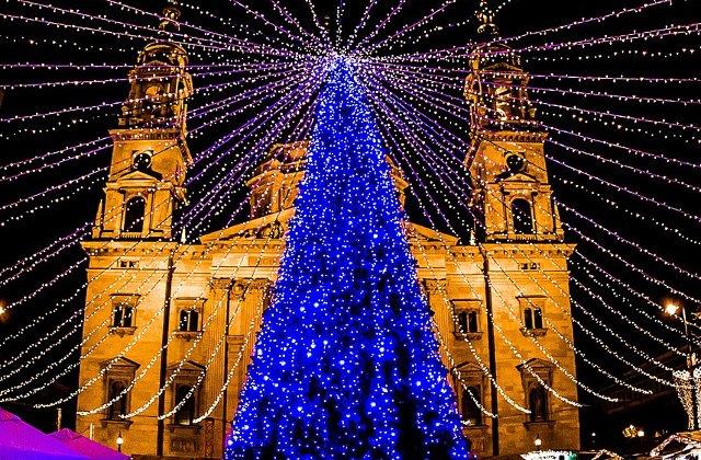 Te introduc in atmosfera vibranta de Craciun: 6 cele mai frumoase destinatii alternative din Europa