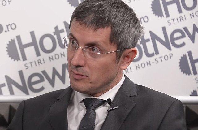 Barna: Klaus Iohannis sa participe la toate sedintele de guvern din decembrie
