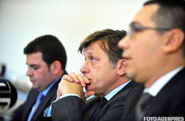 Crin Antonescu: Cerem demisia imediata a Guvernului Boc