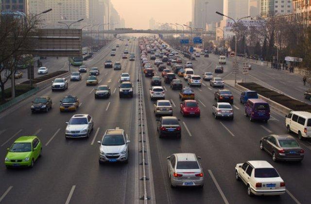 Vesti proaste de pe cea mai mare piata auto din lume: vanzarile de masini din China ar putea inregistra prima scadere anuala dupa 1990
