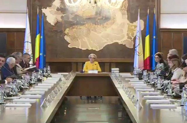 Viorica Dancila, scrisoare pentru Klaus Iohannis: Va adresez invitatia de a participa la sedinta de Guvern