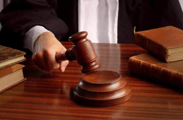 Condamnarea lui Nastase, un posibil avertisment pentru clasa politica