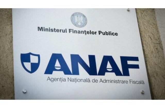 ANAF scoate la licitatie o masina care i-a apartinut lui Ceausescu si fostul sediu Rompetrol