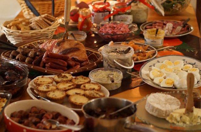 Sfatul nutritionistului de Craciun: Prin interventii minore nestresante asupra obiceiurilor alimentare se pot trai frumos sarbatorile