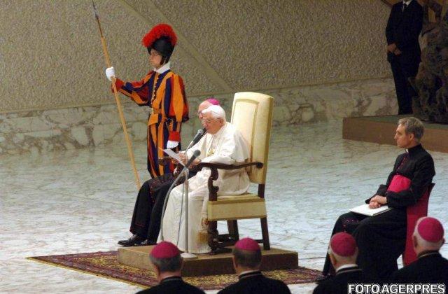 "Document ""foarte confidential"": Papa va fi asasinat in 12 luni"