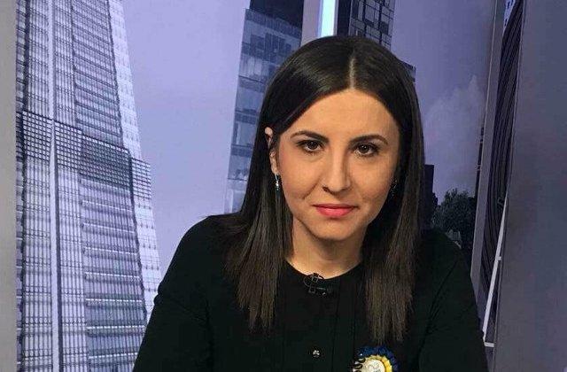 Ioana Constantin (PMP): Tovarasu' Dragnea, ia luati-o pe tovarasa Carmen de la Interne si platiti nota pentru 10 august