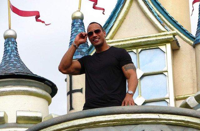 """Dwayne """"The Rock"""" Johnson il va interpreta pe Hercule"""