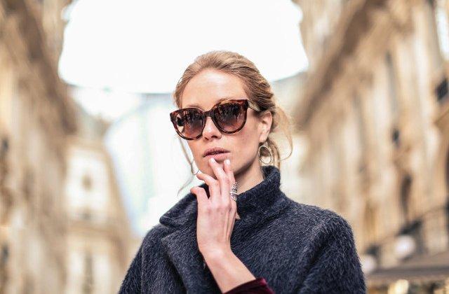 10 greseli de styling pe care nu ar trebui sa le faci dupa 40 de ani