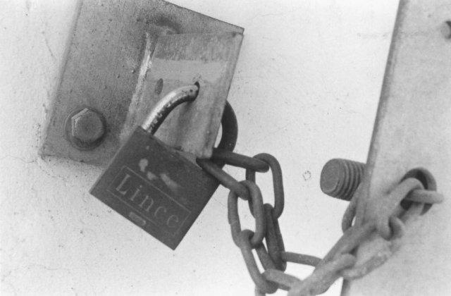 Ultima fabrica de stat isi inchide portile