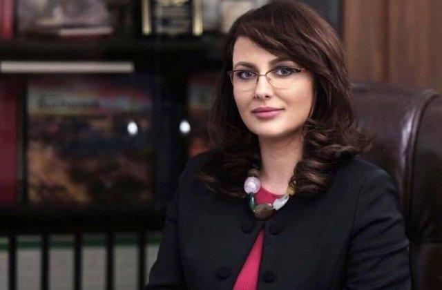 Deputat USR: Ar urma sa fie propusa inlocuirea Sorinei Pintea cu Adriana Cotel, proaspata sefa a CNAS
