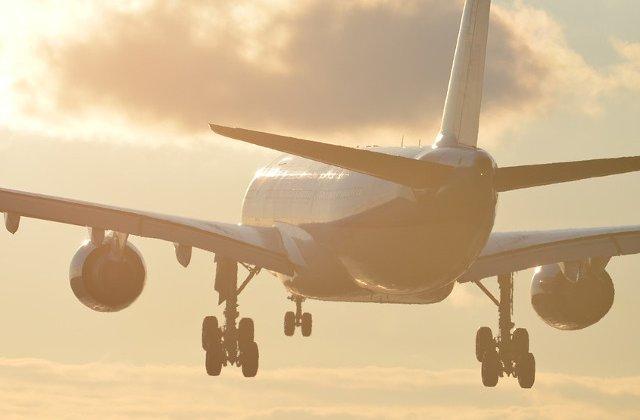 Un avion, nevoit sa se intoarca la sol pentru ca o mama isi uitase copilul pe aeroport/ VIDEO