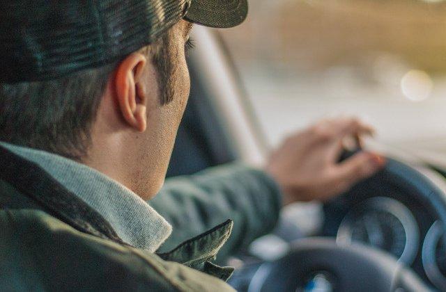 Proiect de lege: Soferii sa aiba posibilitatea de a alege cand sa le fie suspendat permisul