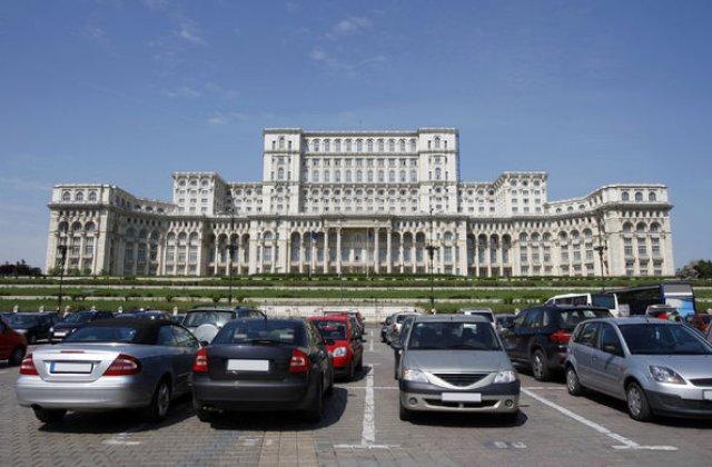 Proiect pentru parcarile din Bucuresti: locuri gratuite noaptea si abonamente in centru de 300 lei pe saptamana. Intervalul propus este luni-vineri, intre 7:30 si 19:30