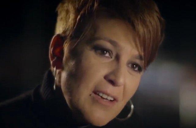 Carmen Avram: Vin masini cu tone de pamant extras noaptea, ilegal, de la Rosia Montana. Ies carucioare cu aur
