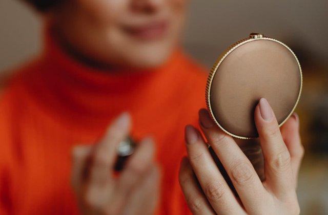 O proteina ce ar putea impiedica procesul de imbatranire a pielii, descoperita de cercetatorii japonezi