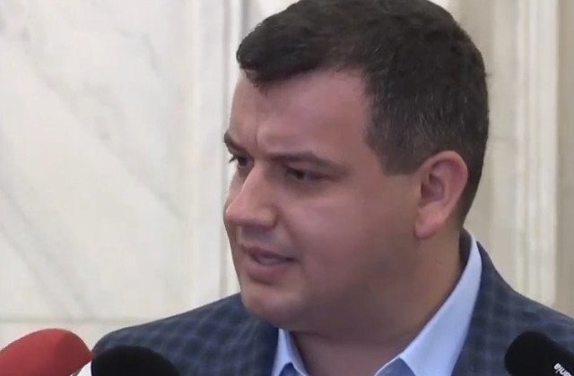 Tomac: Tudorel schimba tabara si se gandeste sa se revendice drept Ministru #rezisTT
