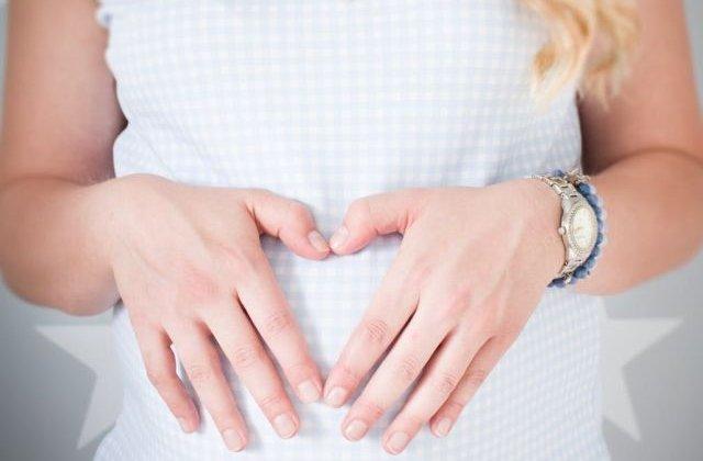 Studiu: Nasterea prin cezariana, asociata cu un risc mai ridicat de complicatii grave pentru mama