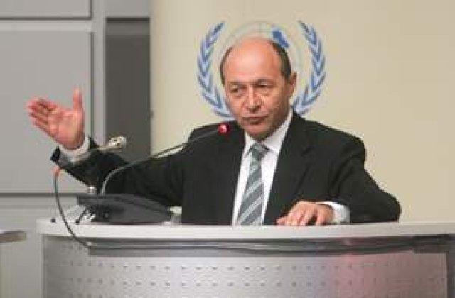Basescu vrea 'capul lui Nastase'