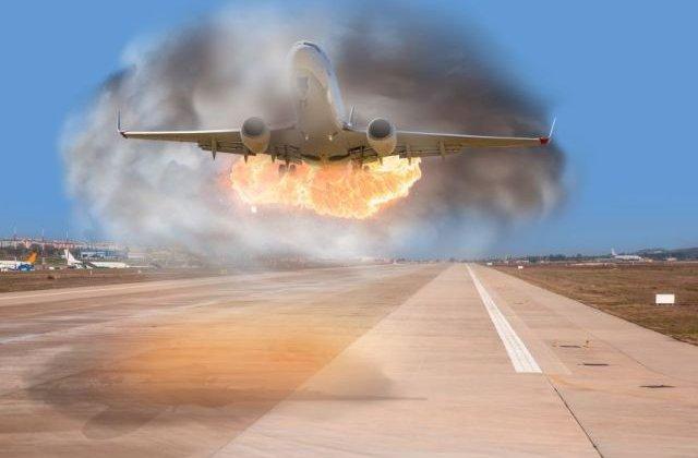 13 morti, dupa aterizarea de urgenta a unui avion in flacari la Moscova/ VIDEO