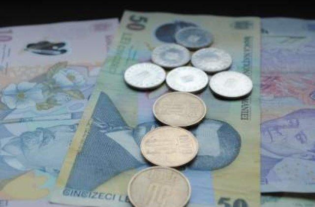 Leul primeste o noua lovitura din partea euro: Moneda nationala, la un nou minim
