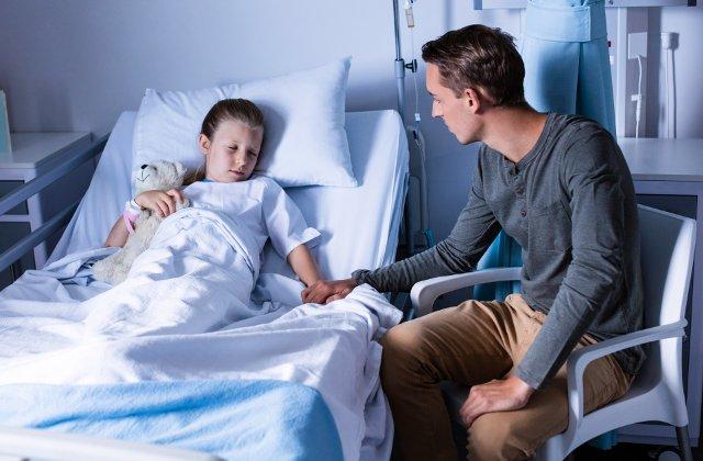 Deputat USR: Statul impune costuri de lux pentru cei care trebuie sa insoteasca un copil bolnav la spital