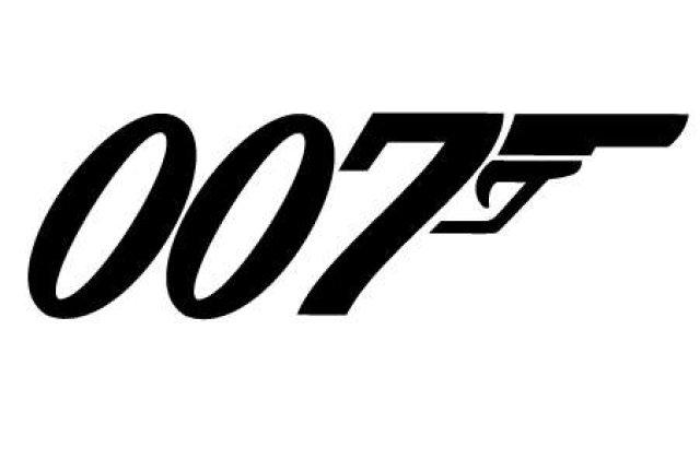James Bond a primit 45 de mil. dolari pentru a bea o bere
