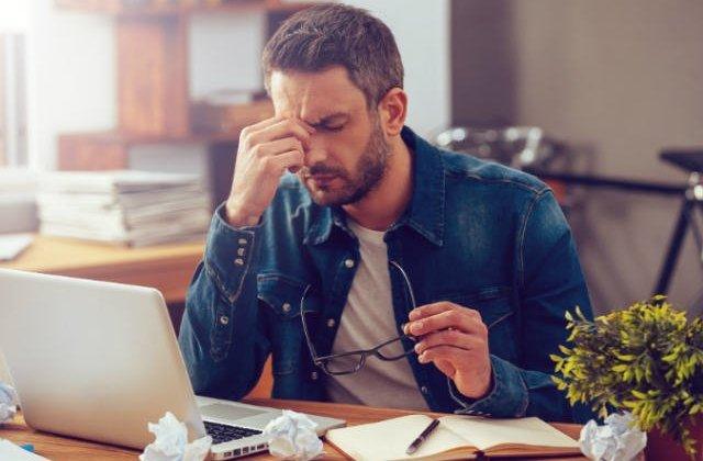 6 sfaturi pentru a scapa de stres la locul de munca