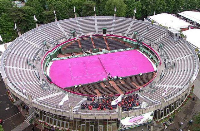 Surpriza la Roland Garros: Zgura roz pentru finala feminina