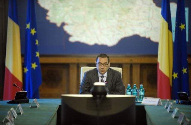 Ponta, catre prefecti: Azi si maine NU se uita nimeni la Campionatul European de fotbal