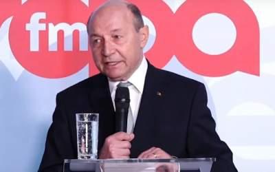 Basescu, despre Timermmans:...
