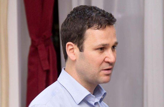 Robert Negoita: Nu m-am dus sa votez cu PSD la alegeri. Imi vine sa ies si eu in Piata Victoriei