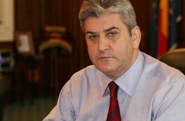 """Gabriel Oprea a infiintat Uniunea Militarilor si Politistilor """"Mihai Viteazul"""""""