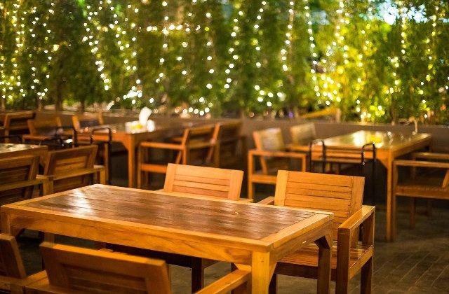 Cum sa transformi terasa intr-un atu pentru localul tau: 4 aspecte de care sa tii cont