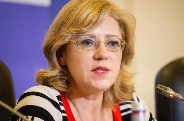 Corina Cretu, dupa criticile premierului Dancila: Singurul lucru pe care l-as mai fi putut face - sa scriu, in locul Guvernului, proiectele care nu exista