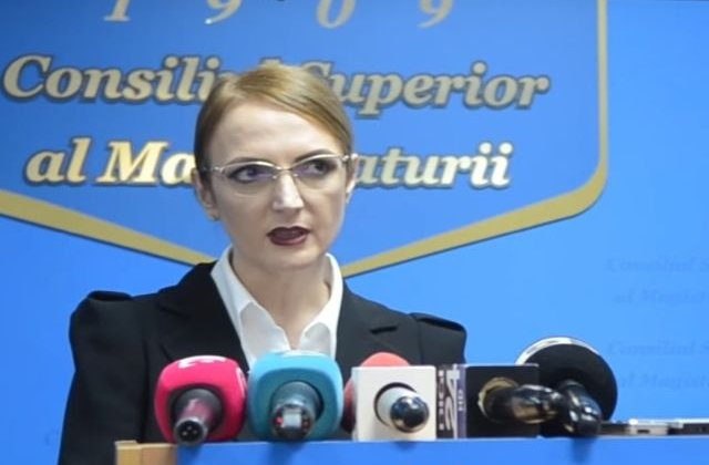 Lia Savonea (CSM): Justitia se afla intr-o perioada de framantari si cautari. E de datoria noastra sa contribuim la regasirea echilibrului