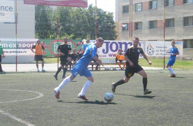 S-au tras la sorti cele mai bune 20 de echipe ale minifotbalului romanesc