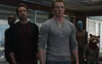 """""""Avengers: Endgame"""" a..."""