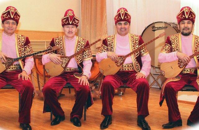Concert aniversar, la Bucuresti, cu orchestra de muzica Kazahstan Tattimbet