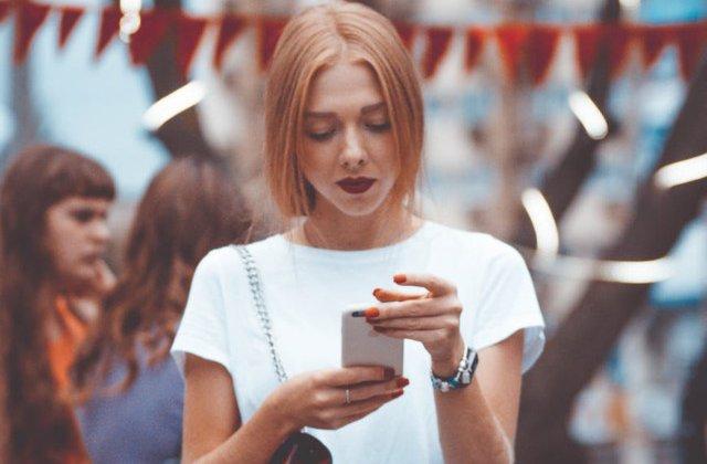 Studiu: Dependenta de telefoane mobile creste riscul de obezitate si alte boli asociate