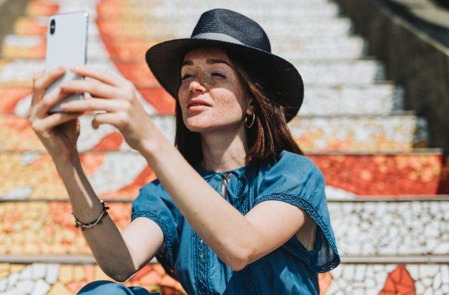 6 reguli de bun-simt pe care sa le respecti cand faci selfie