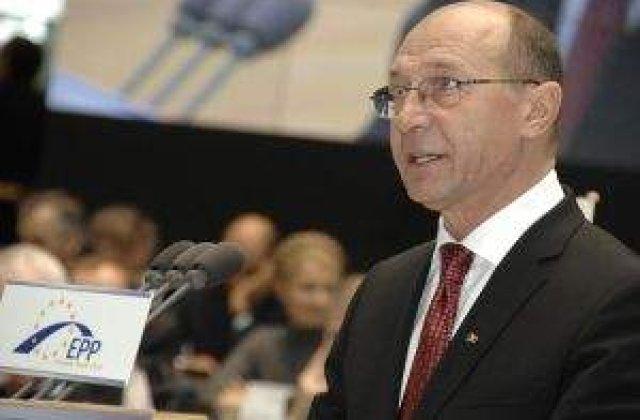 Basescu: E nevoie de o schimbare de atitudine politica, inclusiv a mea